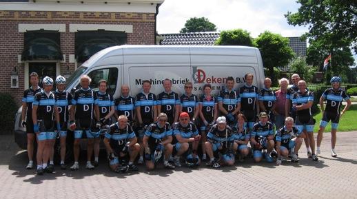tour75 groepsfoto 3daagse2 2011